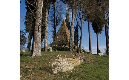 Cippo commemorativo della battaglia